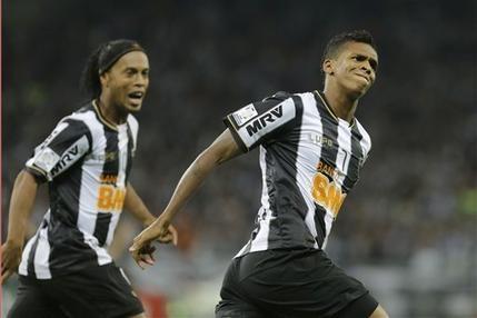 Ronaldinho a cucerit Copa Libertadores cu Atletico Mineiro