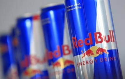 Un american a murit pe terenul de baschet dupa ce a baut Red Bull. Incepe un proces de $85 milioane