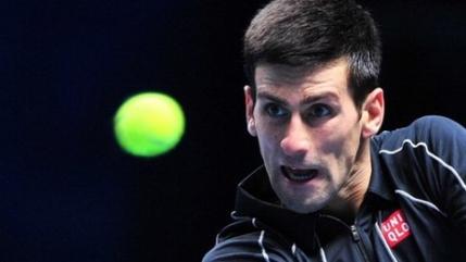 Djokovic il bate scurt pe Nadal si ia titlul la Londra