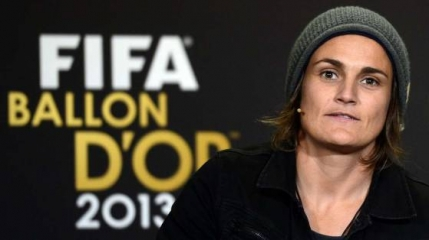 Nadine Angerer o depaseste pe legendara Marta si ia Balonul de Aur feminin