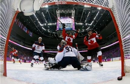 Canada - Suedia in finala de hochei olimpica