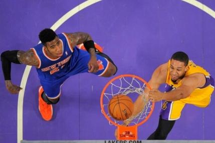 Record de puncte marcate de Los Angeles Lakers intr-un sfert