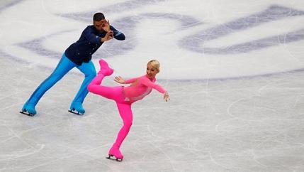 Aur pentru Savchenko si Szolkowy la ultima lor competitie