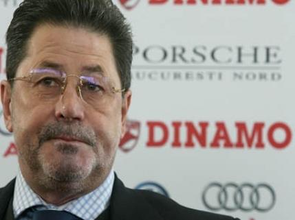 "Cornel Dinu il critica pe Stoican: ""E inacceptabil ce a facut"""