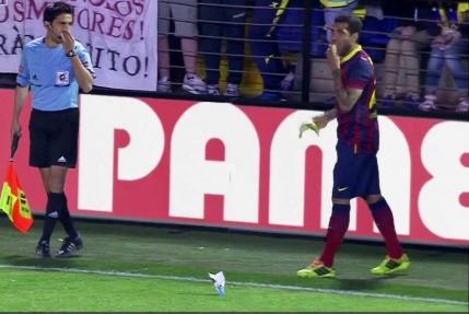 Dani Alves, raspunde gestului rasist de la Villarreal