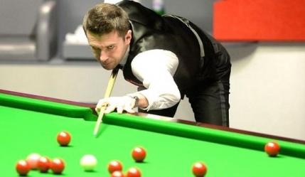 Selby are un avans de doua frame-uri in fata lui Robertson, in semifinalele Campionatului Mondial de Snooker