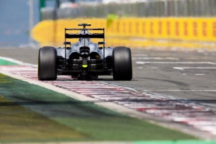 TUR cu TUR Calificari Marele Premiu al Ungariei. Hamilton in flacari