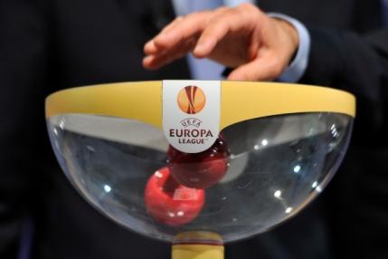 Tragerea la sorti a grupelor Europa League. Steaua cu Dinamo Kiev, Rio Ave si Aalborg. Astra cu Salzburg, Dinamo Zagreb si Celtic
