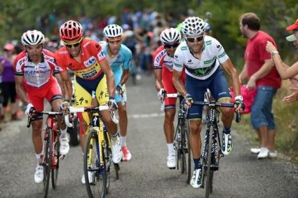 Valverde recupereaza din avantajul lui Contador