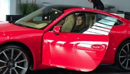 Simona Halep a primit cadou un Porsche (foto)