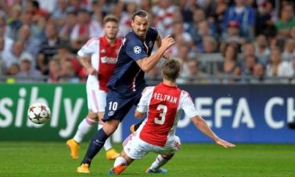 Cavani si Ibrahimovic decisivi pentru PSG in meciul cu Ajax