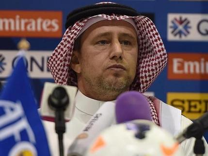 Reghecampf, amendat dupa ce a pierdut derby-ul Arabiei Saudite