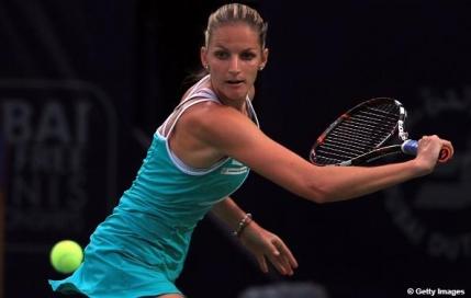 Karolina Pliskova o asteapta pe Simona Halep in finala de la Dubai