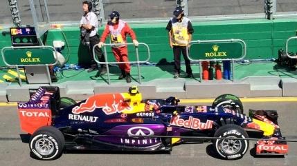 Red Bull ameninta cu retragerea din Formula 1