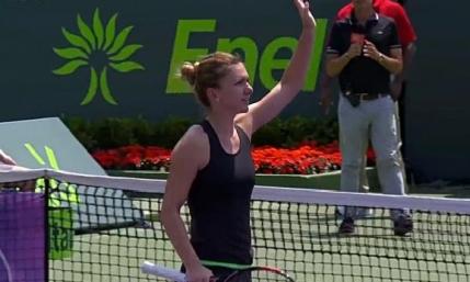 Simona Halep s-a calificat in turul 3 la Miami Open. Nici macar ploaia n-a oprit-o