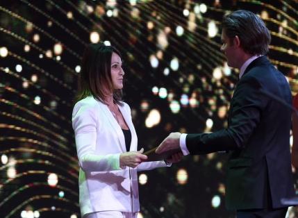 Nadia Comaneci a devenit Ambasador al Sportului Mondial