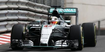 Pole position pentru Lewis Hamilton la Monte-Carlo