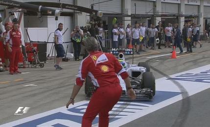 Seful de la Ferrari aproape sa fie spulberat de Massa pe linia boxelor (video)