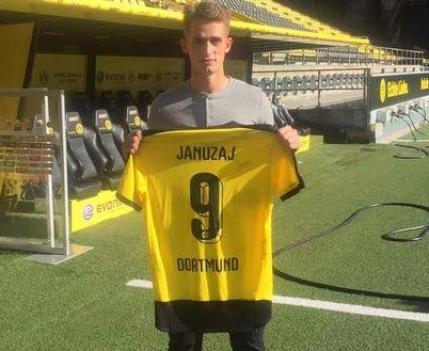 Borussia Dortmund transfera de la Manchester United