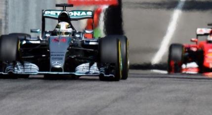 Lewis Hamilton castiga in templul vitezei de la Monza