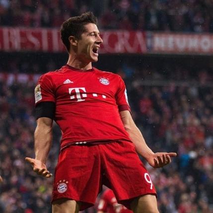 Performanta uluitoare pentru Robert Lewandowski: cinci goluri in 9 minute!