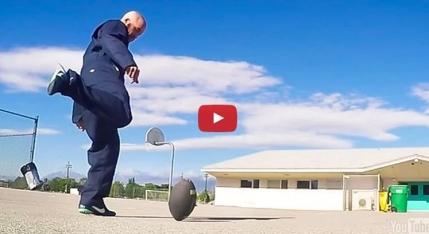 Este acesta cel mai bun executant din lume la loviturile cu mingea ovala (video GoPro)