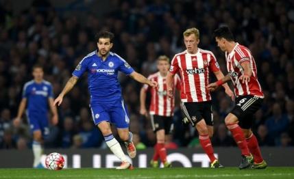 Chelsea ajunge la a 4-a infrangere in opt etape. Mourinho vorbeste singur