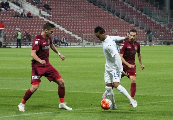 CSU Craiova intoarce spectaculos rezultatul si castiga pe terenul lui CFR Cluj