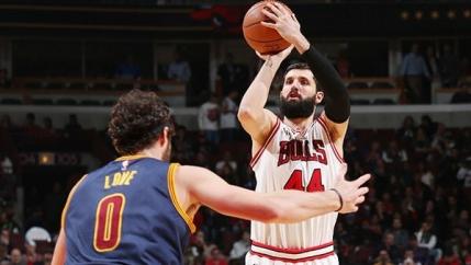A inceput noul sezon din NBA cu un meci electrizant in Chicago. Capac de senzatie reusit de Gasol la LeBron