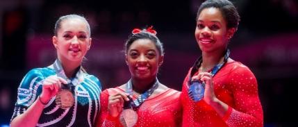 Larisa Iordache salveaza onoarea Romaniei la Campionatele Mondiale de Gimnastica. Ce i-a spus Nadia Comaneci