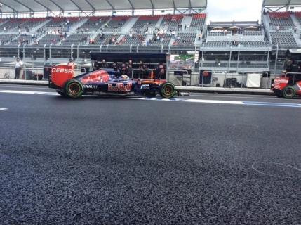 Verstappen, cel mai rapid in primele antrenamente din Mexic