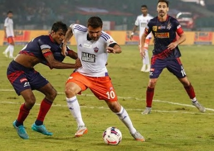 Gol superb marcat de Adrian Mutu in India (Video)