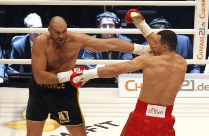 Tyson Fury l-a detronat pe Wladimir Klitschko si este noul campion mondial al greilor