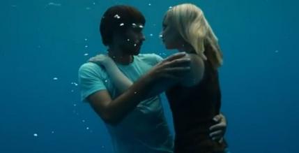 O campiona mondiala la scufundari povesteste cum s-a filmat celebrul clip de sub apa al lui Beyonce