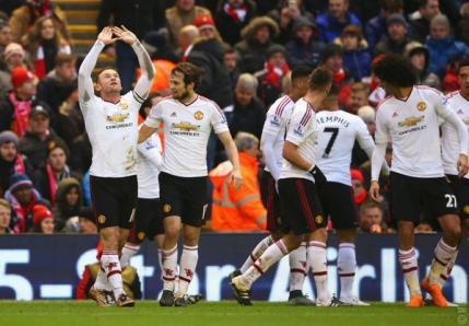 Rooney aduce victoria pentru Manchester United pe Anfield in batalia Angliei