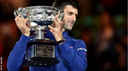 Australian Open: Novak Djokovic obtine al 6-lea titlu in fata unui Andy Murray ajuns la 5 finale pierdute