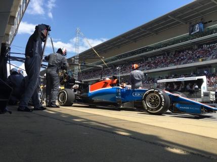TUR cu TUR Formula 1: Marele Premiu al Spaniei de la Barcelona. Accident intre pilotii Mercedes