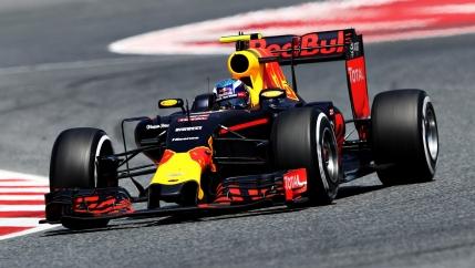 RECORD: Max Verstappen castiga Marele Premiu al Spaniei la debutul pentru Red Bull. Devine cel mai tanar castigator din istorie