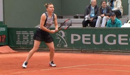 Simona Halep si-a demolat prima adversara de la Roland Garros