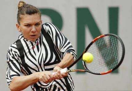Simona Halep trece de un tur doi complicat la Roland Garros. Cum explica inceputul slab de meci