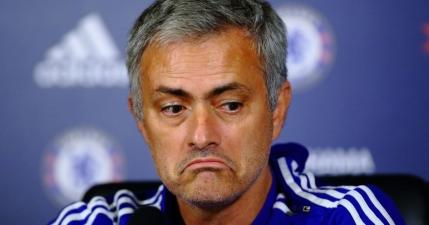 Trecerea lui Mourinho la Manchester United a intrat in impas