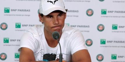 Rafael Nadal s-a retras de la Roland Garros din cauza unei accidentari