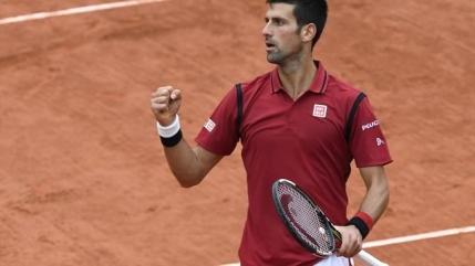 Novak Djokovic ajunge pentru a 8-a oara in semifinale la Roland Garros