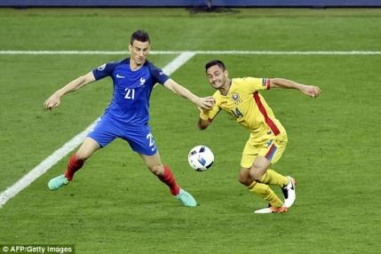 France Football i-a lasat repetenti pe aproape toti jucatorii Romaniei