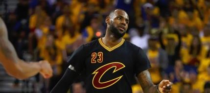 Cleveland Cavaliers supravieuieste in finala NBA si forteaza meciul sase