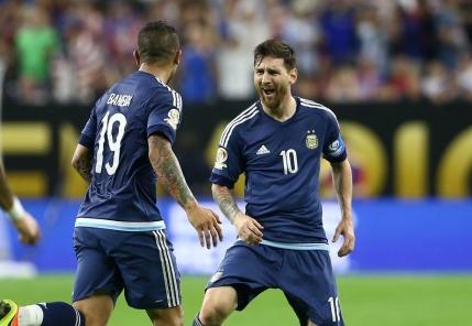 Argentina zdrobeste SUA si ajunge in finala Copei America. Messi, nou record la nationala