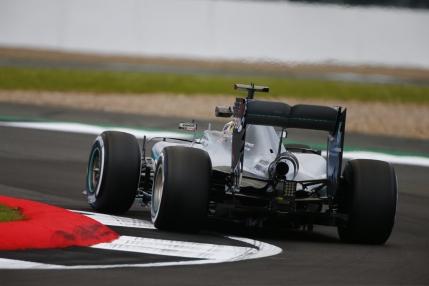 Lewis Hamilton, pole position in Marele Premiu al Marii Britanii de la Silverstone