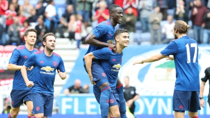 Debut cu victorie pentru Jose Mourinho la Manchester United