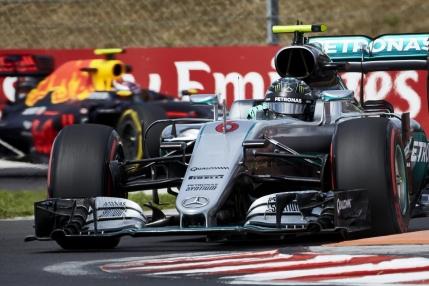Pole position pentru Rosberg in Ungaria. I-a furat prima pozitie lui Hamilton