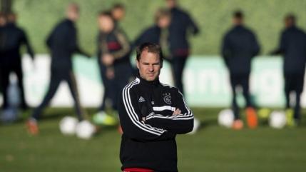 De Boer l-a inlocuit pe Mancini la Inter. Chivu ar putea face parte din noul staff